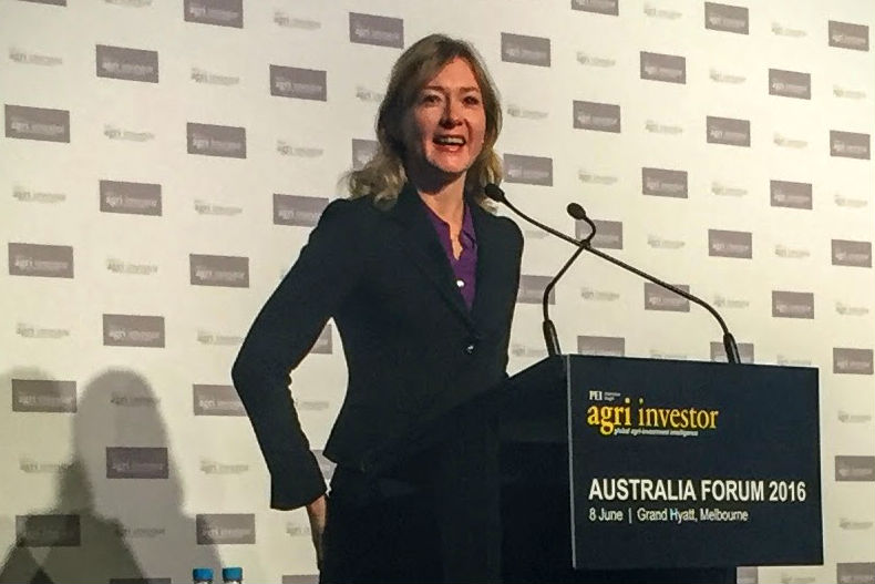 Helen Chairing 2016 Event, Melbourne 2016